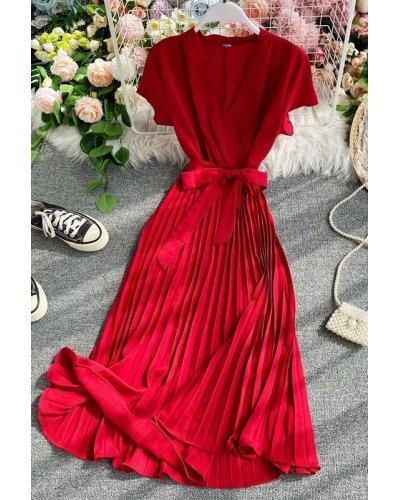 Rochie de ocazie midi rosie plisata din satin Karina
