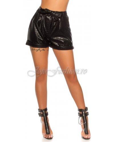 Pantaloni de dama scurti negri imitatie piele sarpe Dalma