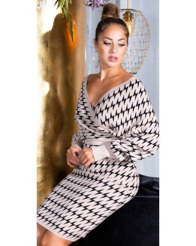 Rochie tricotata bej suprapusa cu maneci oversize Luiza