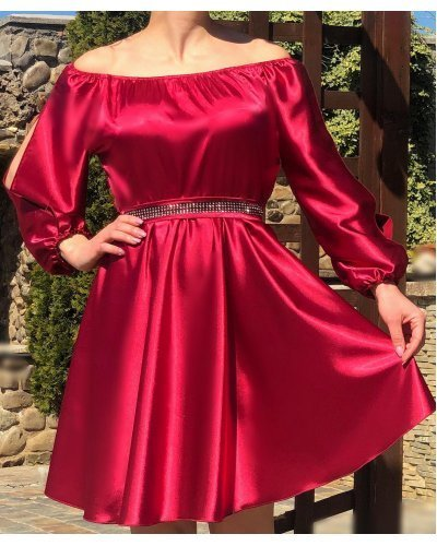 Rochie de ocazie din satin burgundy scurta in baby doll Calirroe